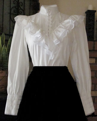 Frontier Classic Blouse 22